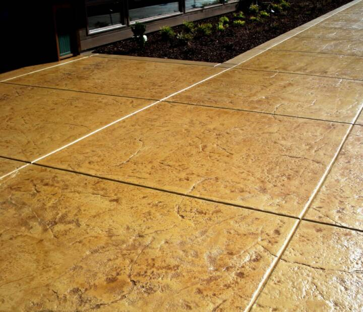Concrete-Staining Fort Collins, Loveland, Windsor, Greeley, Longmont, Berthoud, Estes Park, Cheyenne Wyoming